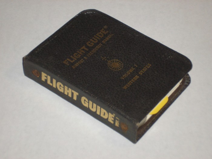 Flight Guide Airport And Frequency Manual Volume I Eleven Western States, Navarre, Monty